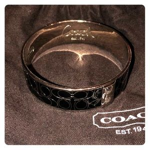 Coach Bangle in silver and black signature print
